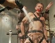 Schwules Sklaventraining bis an die Grenze