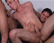 Schwule Kerle beim Bumsen
