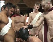 Römische Orgie mit Gaysklaven