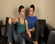 Gay verführt einen schüchternen Jungen