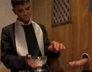 Sex mit einem Priester im Beichtstuhl