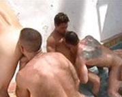 Fünf Männer ficken fünf Arschlöcher